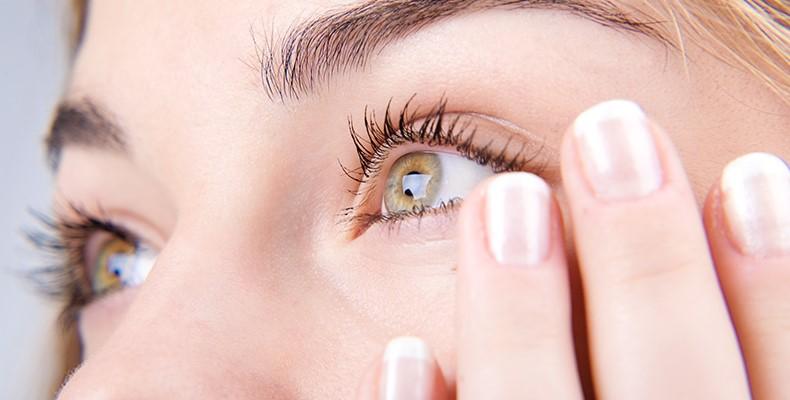 ojos Causas, fases, síntomas y tratamientos de la Retinopatía Diabética