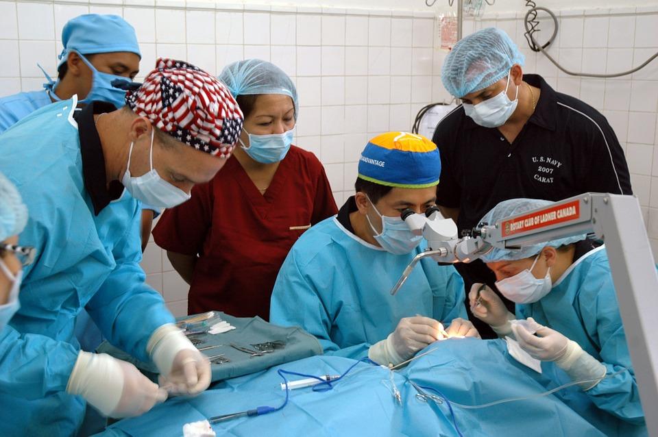 cirugía de cataratas 1 Cirugía de cataratas con láser Catalys