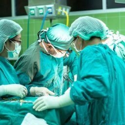 cirugía estética ocular