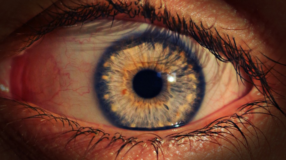 lente-intraocular-defectos-refractivos