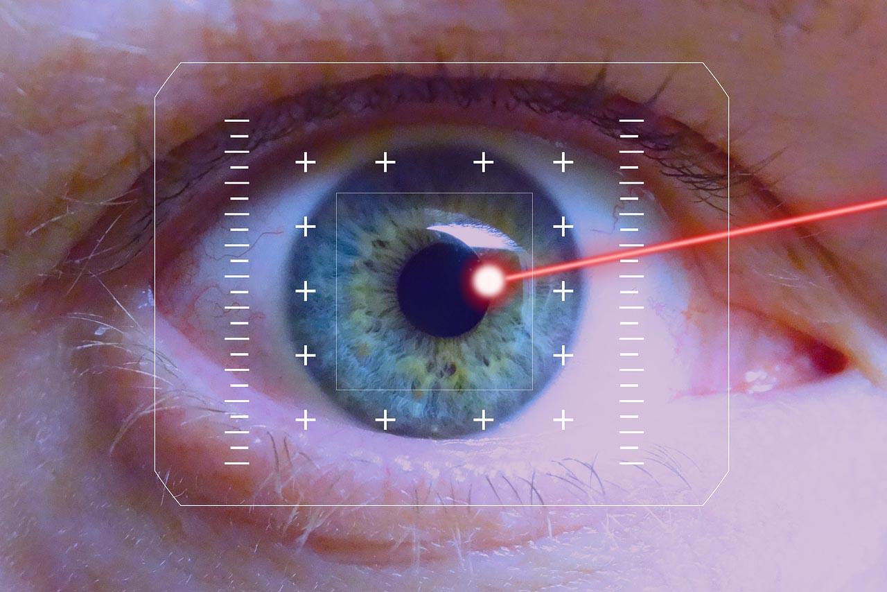 cirugia de cataratas con laser Operación de cataratas con láser