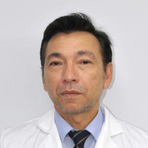 Dr. Arturo Nishimoto Aguilar 300x300 Clínica Ophthalteam: oftalmólogos