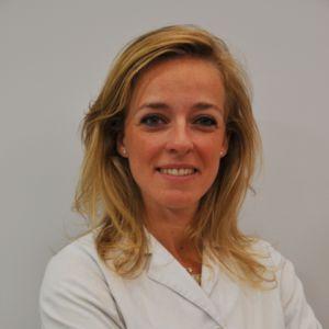 Dra. Elena Sevillano Fernandez 300x300 Clínica Ophthalteam: oftalmólogos